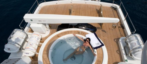 the-jacuzzi-looks-nice-but-it-must-be-strange-to-take-a-dip-while-surrounded-by-yacht-equipment